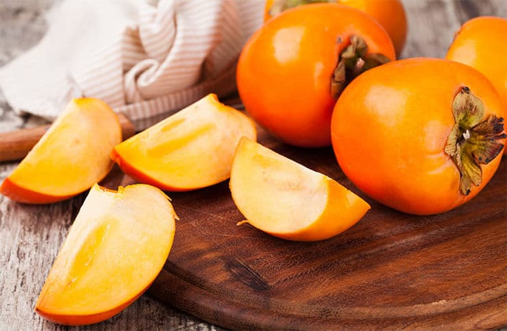 Can dogs eat persimmon skin